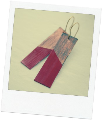 Polaroid_Pumpkin Spice Distress Metal Dangle Earrings 1
